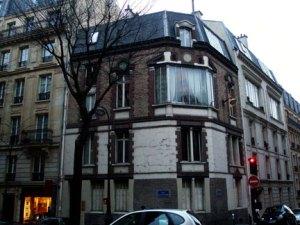 toulouse lautrec apartment, 3rd floor